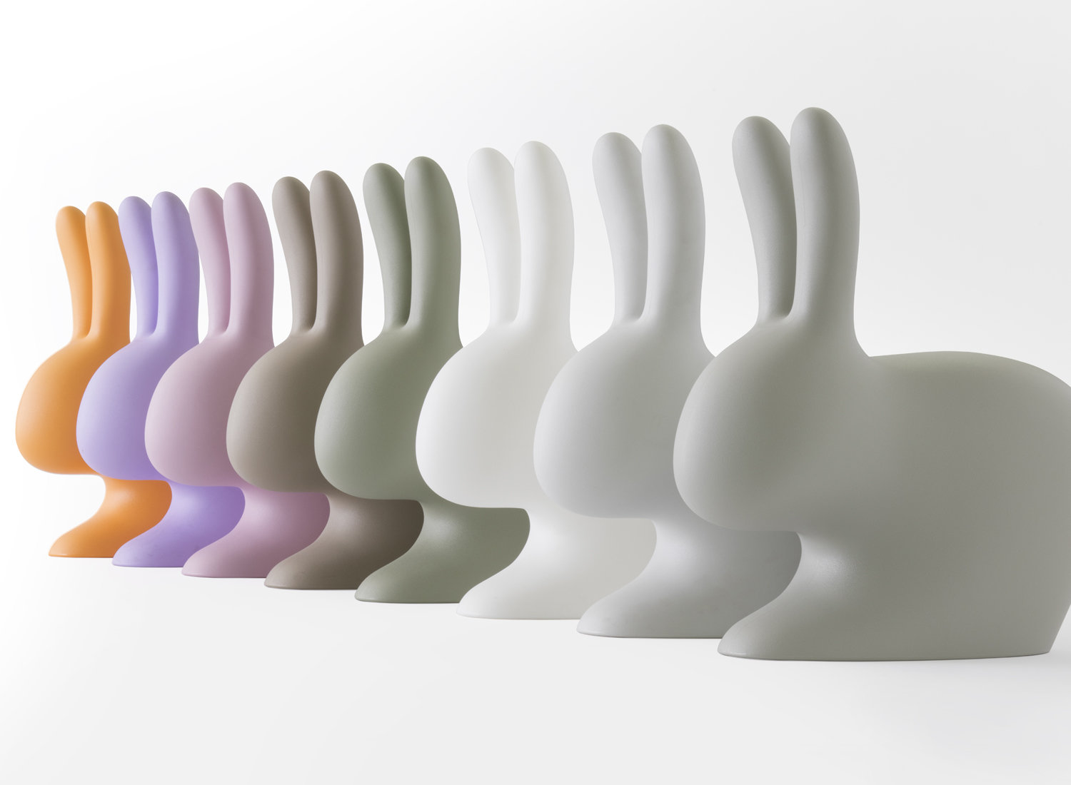 Qeeboo Rabbit Chair Hocker Hase schwarz designed von Stefano Giovannoni